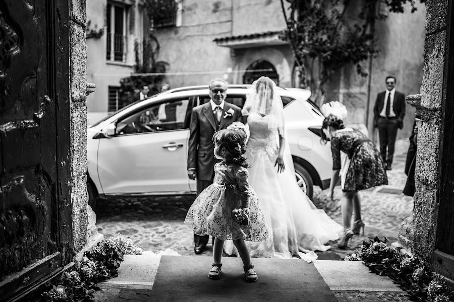 Wedding photographer Leonardo Scarriglia (leonardoscarrig). Photo of 27.12.2017