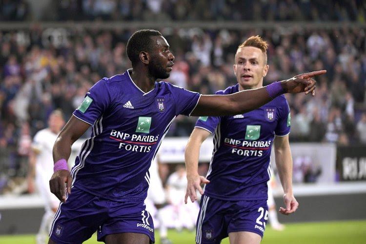 Yannick Bolasie décisif en pointe avec son nouveau club