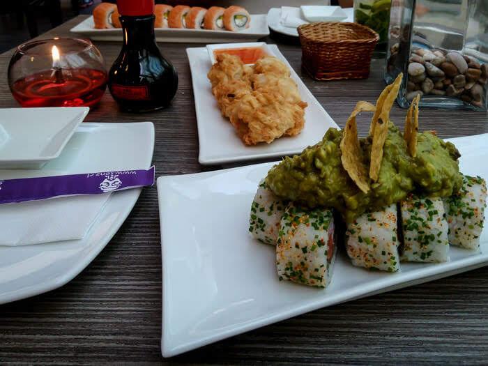 chilean+sushi+avocado+chile+food.jpg