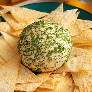 Crab Rangoon Cheese Ball.