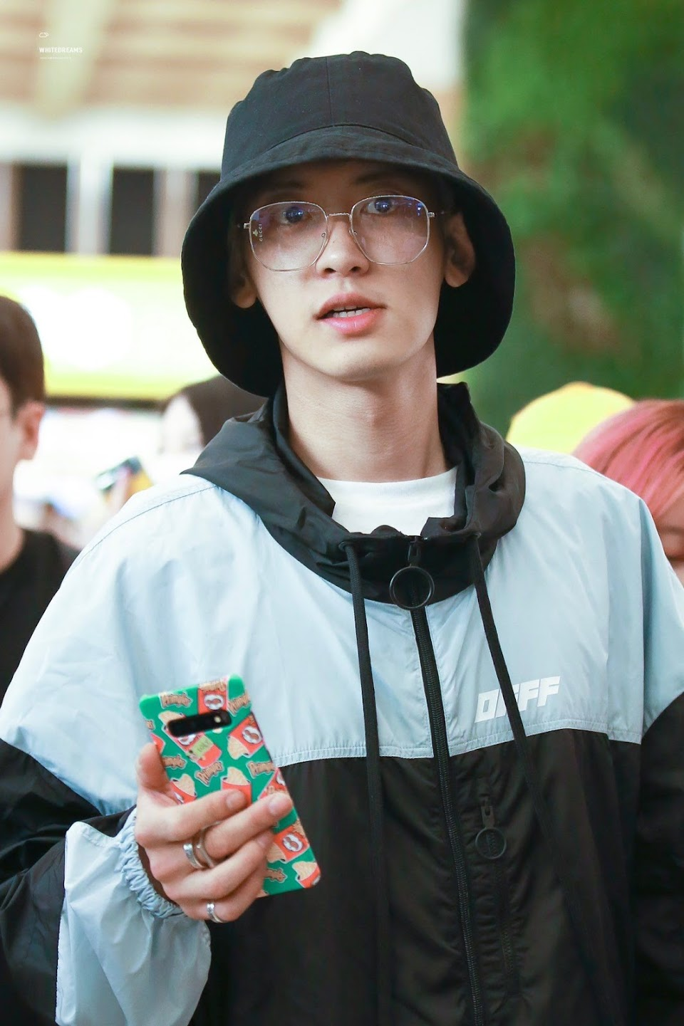 buckethatspecs_chanyeol