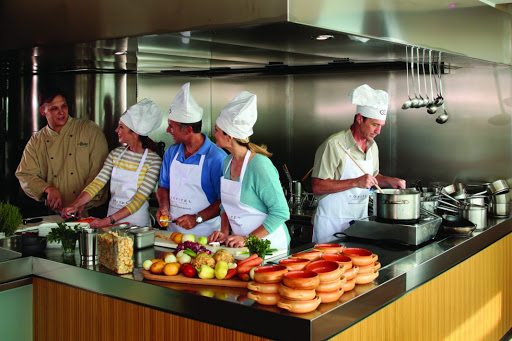 AmaPrima-cooking-class.jpg - Learn new culinary skills during a cooking class, with regional cuisine at the forefront, on AmaPrima.