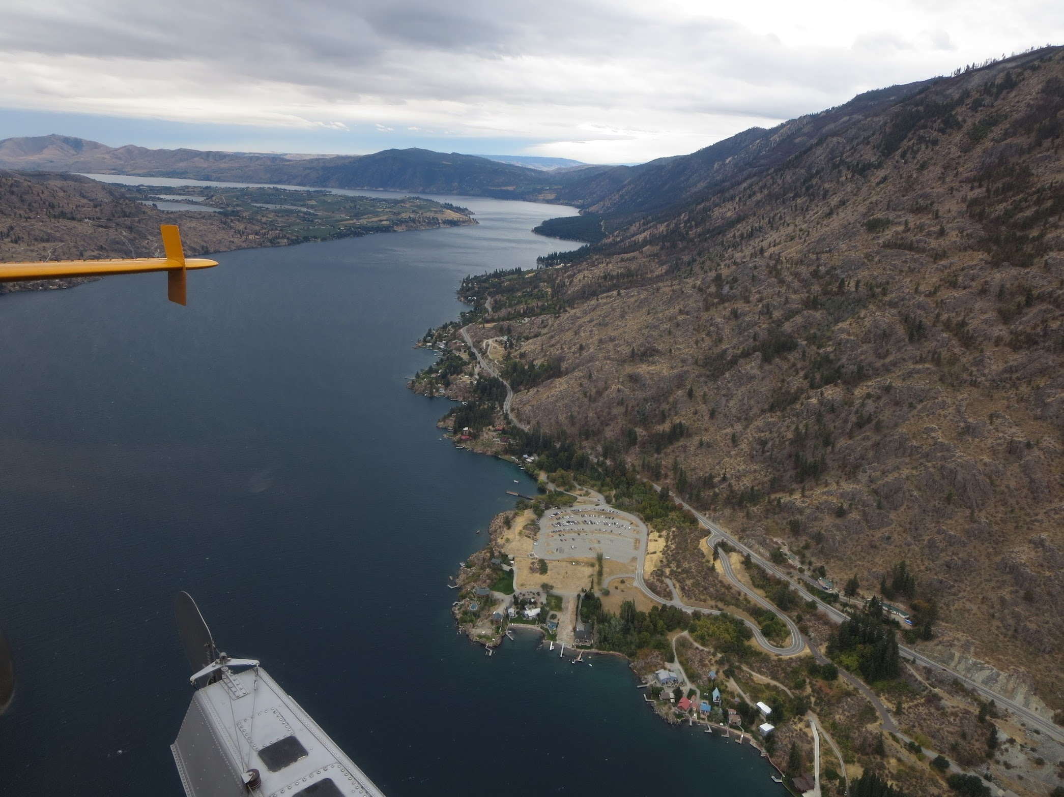 Flying above Lake Chelan on the way to Stehekin