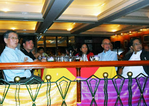 Photo: 21 August 2013 - Welcome Dinner with Vic Lim, Bach Nguyen, Judith Lopez, Luis Ortiz-Hidalgo and Alfredo Parungao watching the cultural show