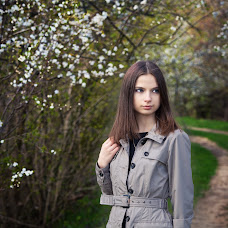 Wedding photographer Evgeniya Lapinskaya (Leo23). Photo of 04.04.2014