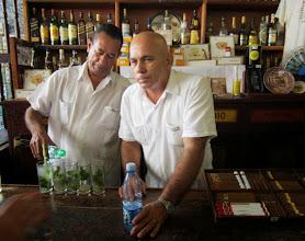 Photo: Ja drinkki vaihtui, daiquirista mojitoon - rankka iltapäivä!