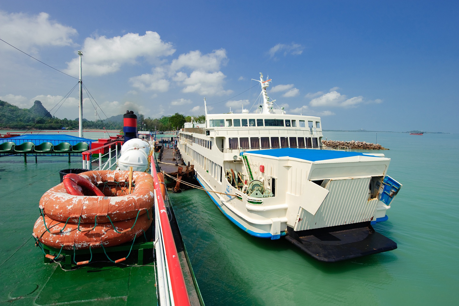 From Koh Phangan to Bangkok by Big Ferry and VIP Coach