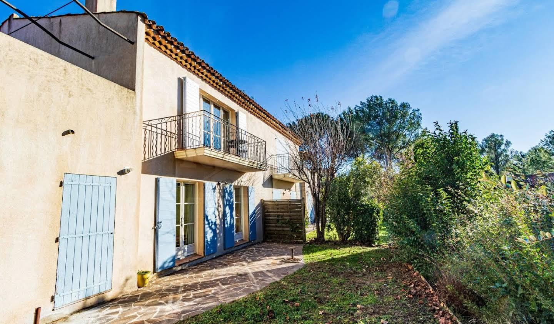 Maison avec piscine et terrasse La Motte