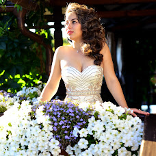 Wedding photographer Irina Zakharikova (irinazakharikova). Photo of 30.08.2015