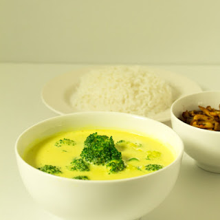 Broccoli Yellow Curry