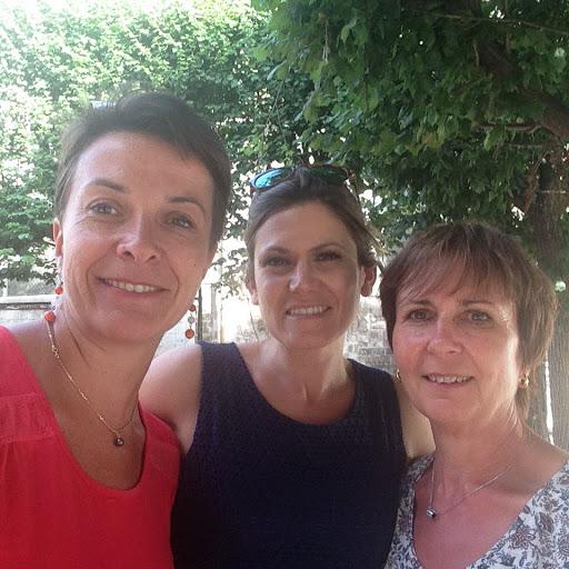 Pierrette, Christine et Sabrina participent à la course des deux châteaux 2016 pour soutenir L'Arche Le Levain !