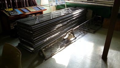 Photo: Pylône complet (18m) stocké à F6KLO