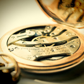 Majestic Watch by Vasil Karagyuliev - Artistic Objects Antiques ( pocket watch, watch, majestic, gold, antique )