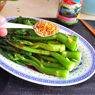 Chinese Broccoli with Oyster Sauce and Fried Garlic Recipe