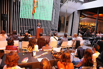 Photo: 23/04/2012. València, Octubre Centre de Cultura Contemporània (OCCC).DIA DEL LLIBRE, SANT JORDI 2012. Lectura de fragments d'obra d'autors valencians per celebrar aquest dia. Fotos: PRATS i CAMPS.