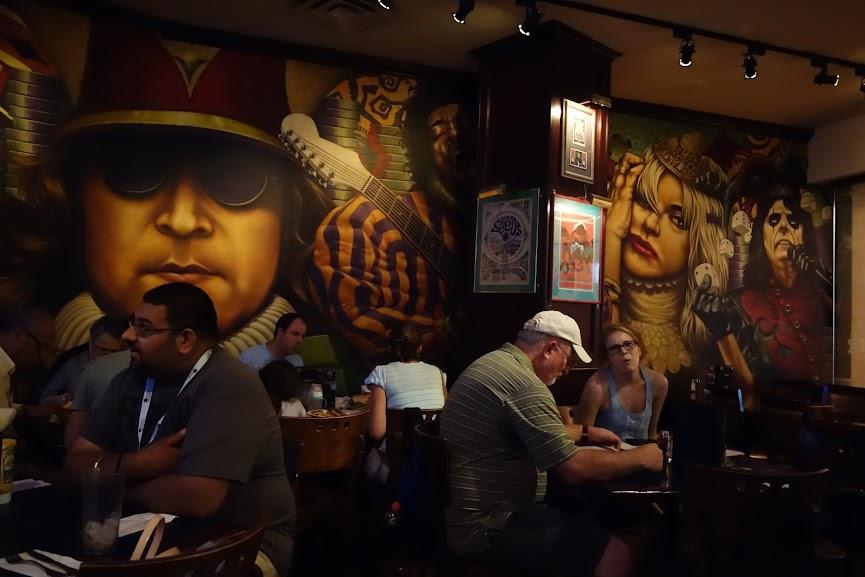 Hard Rock Cafe, Niagara Falls (2013)