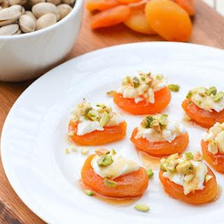 Pistachio & Goat Cheese Apricot Bites Recipe