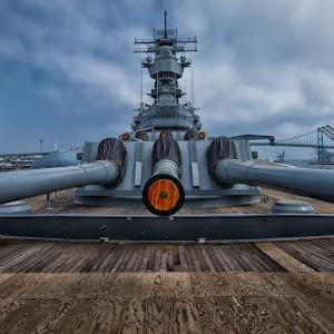 USS IOWA I.jpg