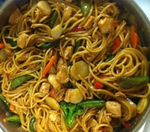 """Stir Mein (stir fry/lo mein) """"Well i've attempted to make Lo Mein..."""