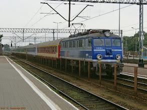 """Photo: EU07-085, TLK """"Czartoryski"""" Lublin - Bydgoszcz Główna {Kutno; 2013-06-14}"""