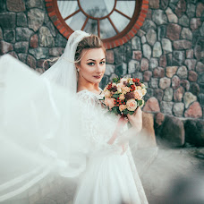 Wedding photographer Yuliya Petrova (Petrova). Photo of 25.11.2017