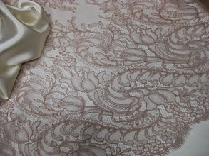 Photo: Кружево 0,90см. цена 5000руб. (Solstiss)        Ткань :Крепсатен шелк с шерстью ш.140см.цена 5500руб.                          Коллекция Armani