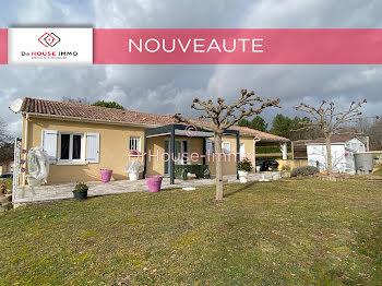 maison à Saint-Aquilin (24)