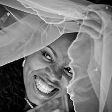 Wedding photographer Mark Kathurima (markonestudios). Photo of 06.03.2014
