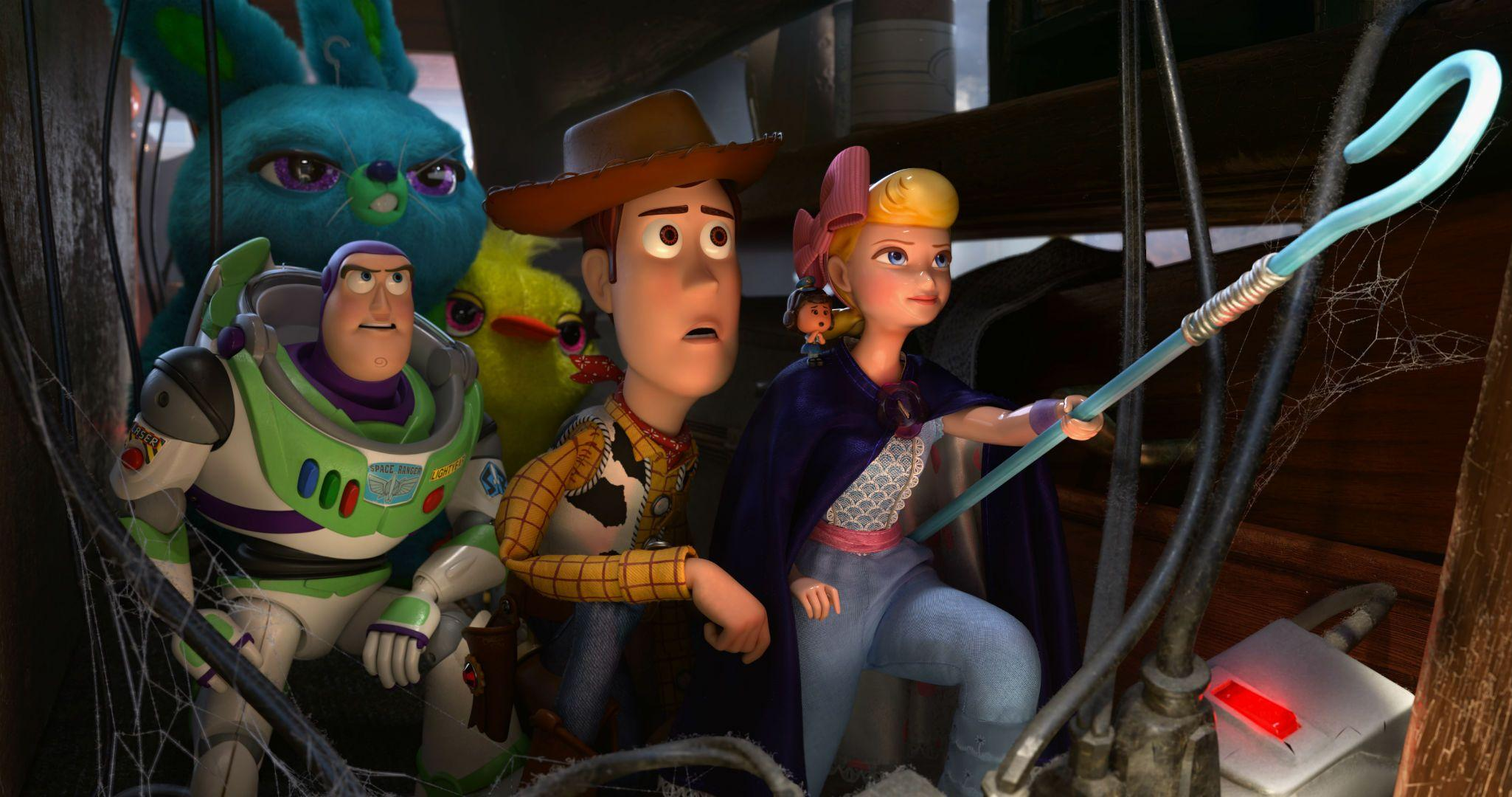 1. TOY STORY 04