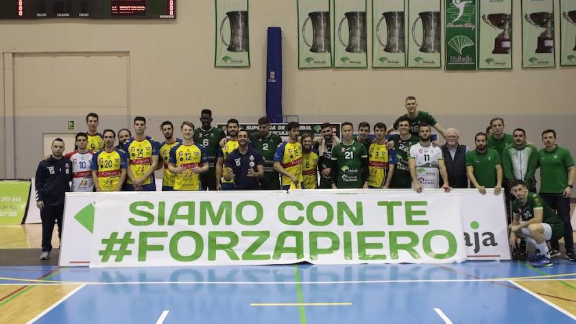 Partido dedicado a Piero Molducci.