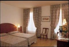 Visiter Rialto Hotel