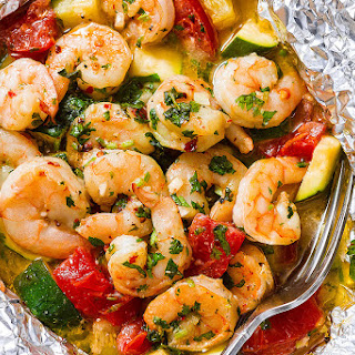 Lemon Garlic Herb Shrimp in Foil Packets Recipe