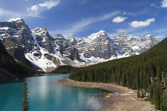 Photo: Banff NP - Morraine Lake