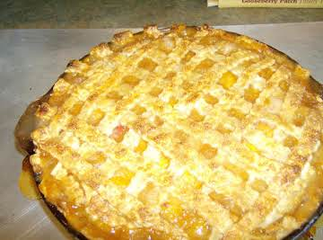 Rose Mary's Fresh Peach Pie