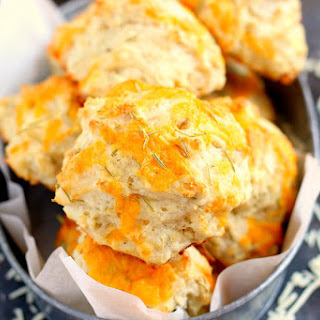 Cheddar Rosemary Biscuits Recipe