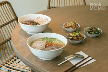 李氏香拌 (Lee's Beef-noodle)