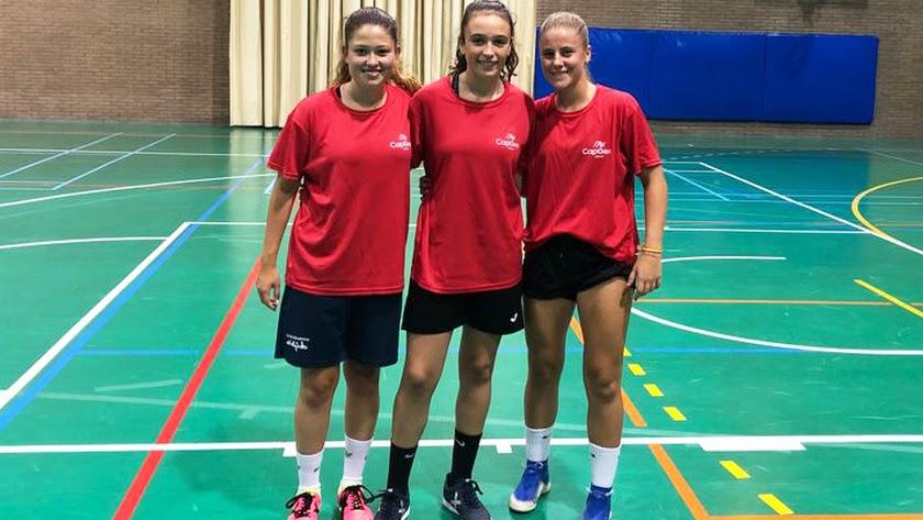 Natalia, Laura y Nerea con Inagroup Mabe El Ejido Futsal.