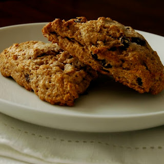 Whole Wheat Buttermilk Raisin Scones