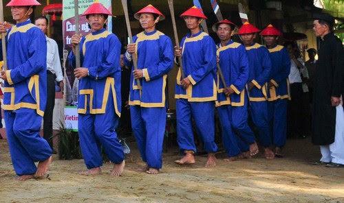 Phá Tam Giang khai màn lễ hội
