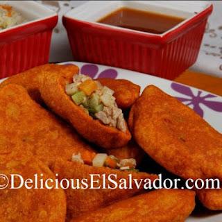 Pastelitos de Carne Salvadoreños (Salvadoran Empanadas)
