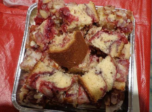 Cherry Nut Coffee Cake Recipe