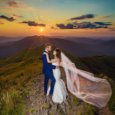 Wedding photographer Filip Skrabacz (photofil). Photo of 23.07.2017