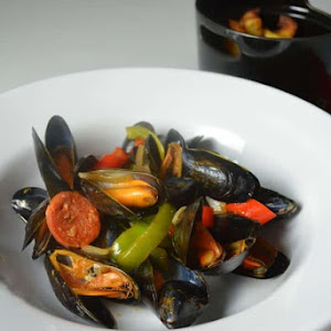 Mussels Basquaise Style