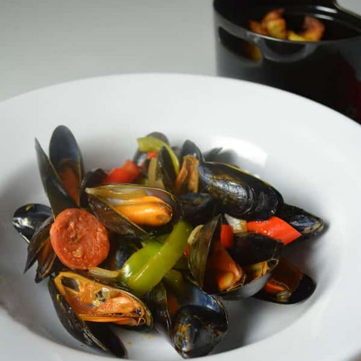 Mussels Basquaise Style Recipe