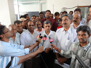 Photo: Dr. JP addressing the press on the day of GHMC Elections