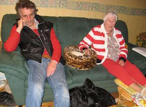 Photo: Makky tussen de grote Baas en Kleine Oma in. Angel ervoor