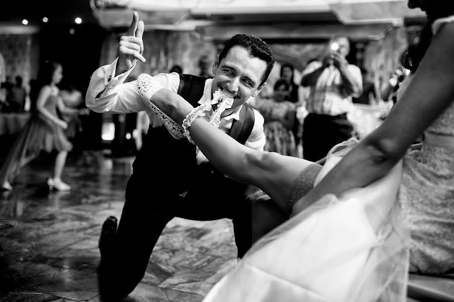 Wedding photographer Sabina Mladin (sabina). Photo of 15.07.2016