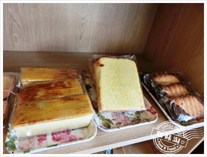 老江紅茶牛奶-麵包