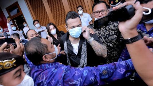 Jerinx SID Bebas Penjara, Anak Jennifer Jill Liburan Bareng BCL