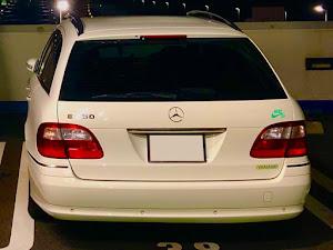 Eクラス ステーションワゴン W211のカスタム事例画像 とよでぃーさんの2020年10月02日01:40の投稿